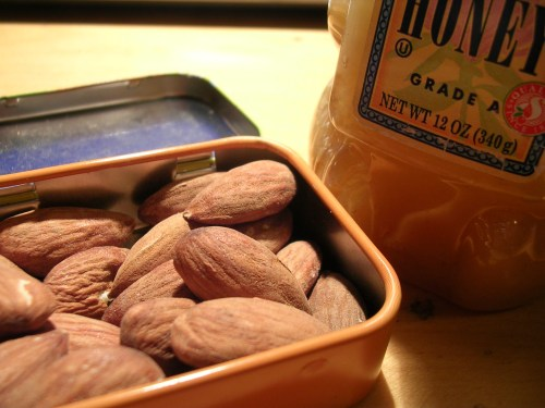 Almonds with honey