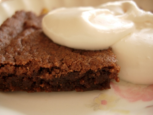 Brownies with whipped cream