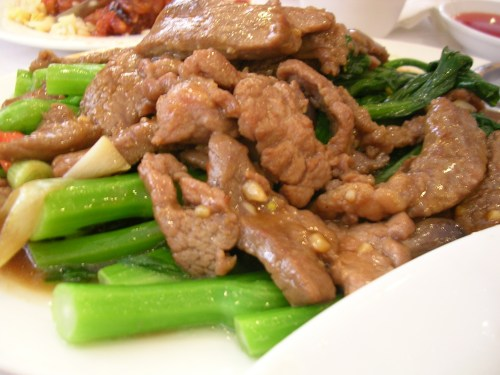 Tender sliced beef with Chinese broccoli