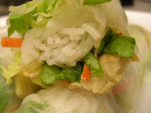 Vegetarian Vietnamese summer rolls