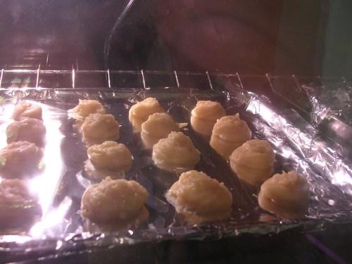 cream puffs baking I
