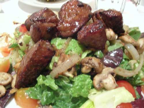 Teriyaki steak salad