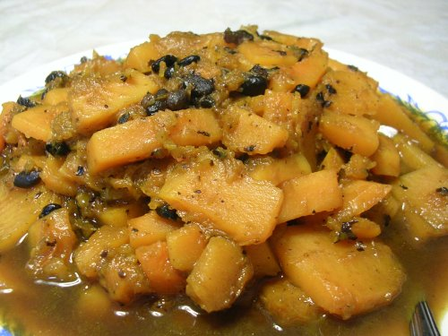 sliced pumpkin with black beans