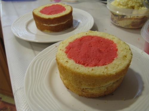 Filled cake halves!