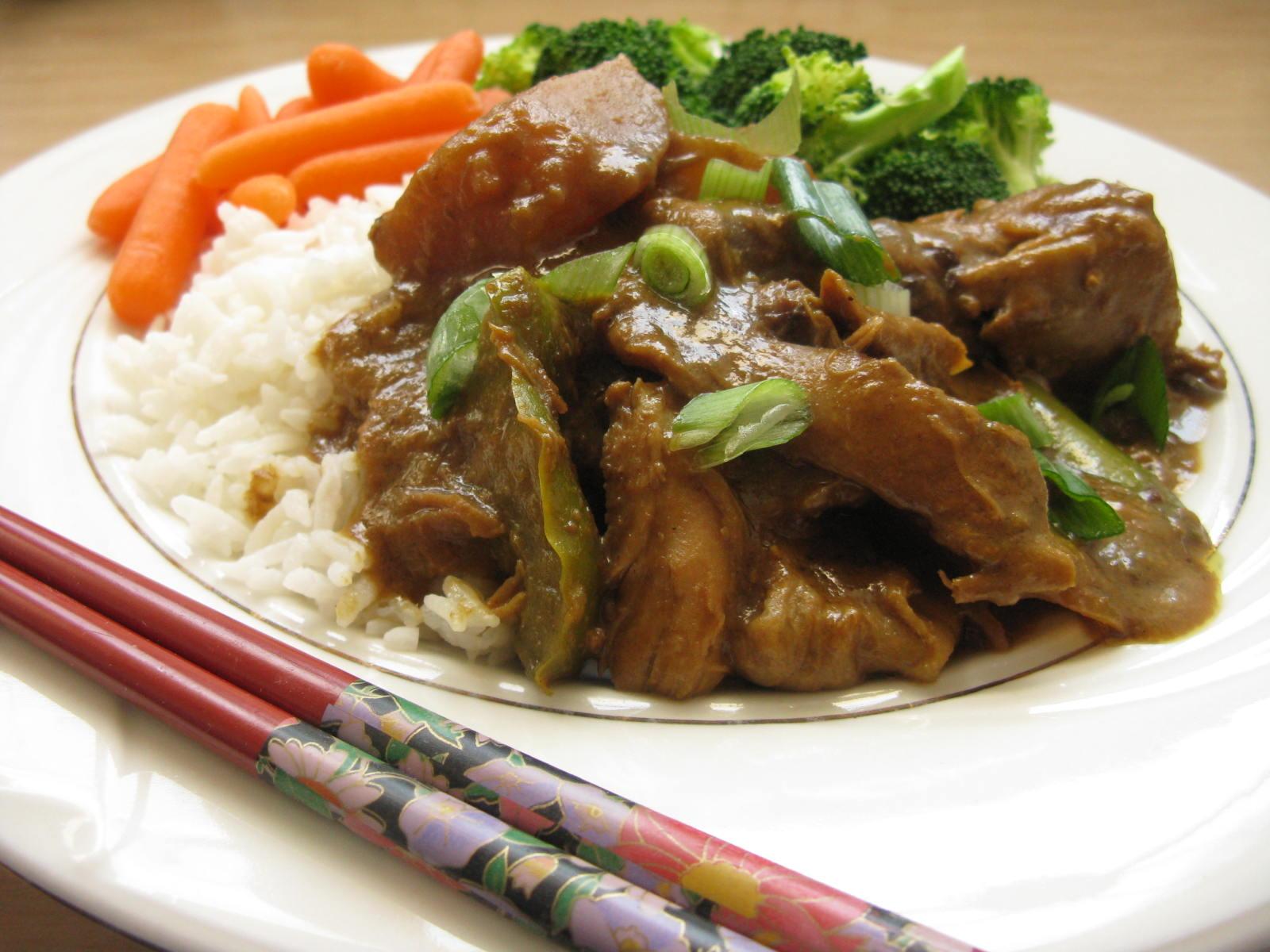 Slow Cooker Thai Peanut Chicken | My Edible Memories
